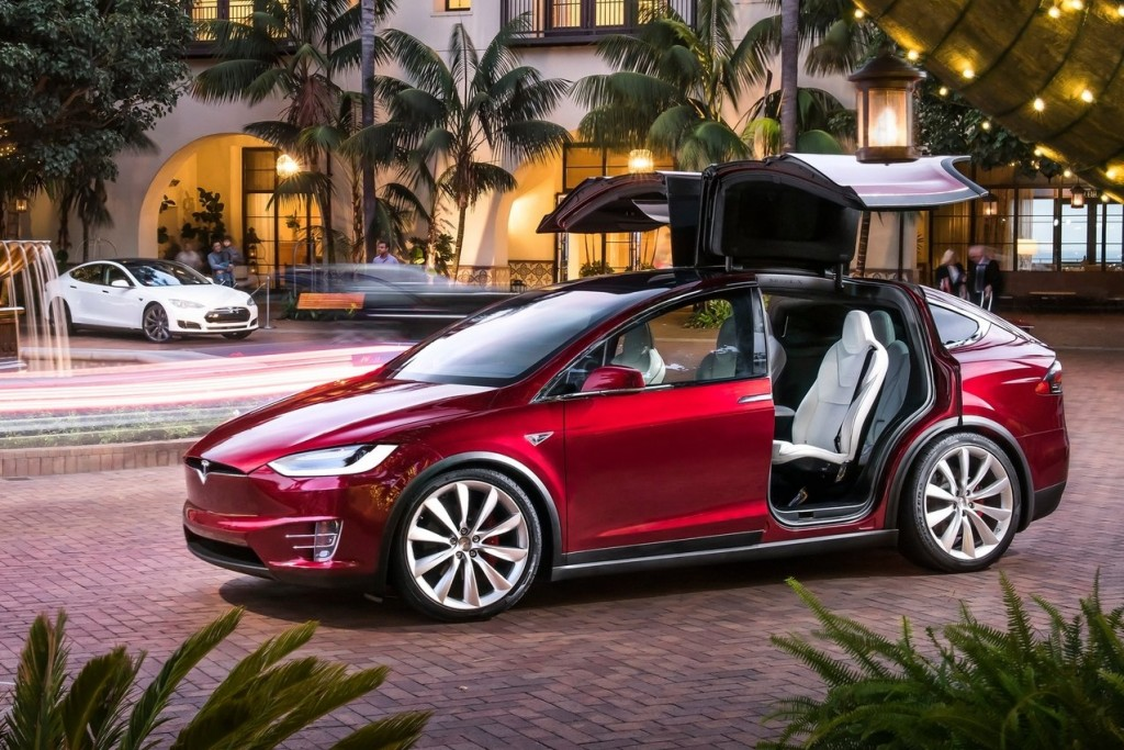 Tesla-Model_X-2017-1600-02