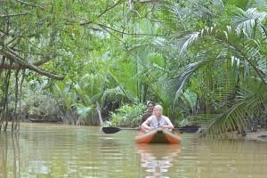 เผชิญหน้างูแห่งป่าโบราณ ใน LITTLE AMAZON
