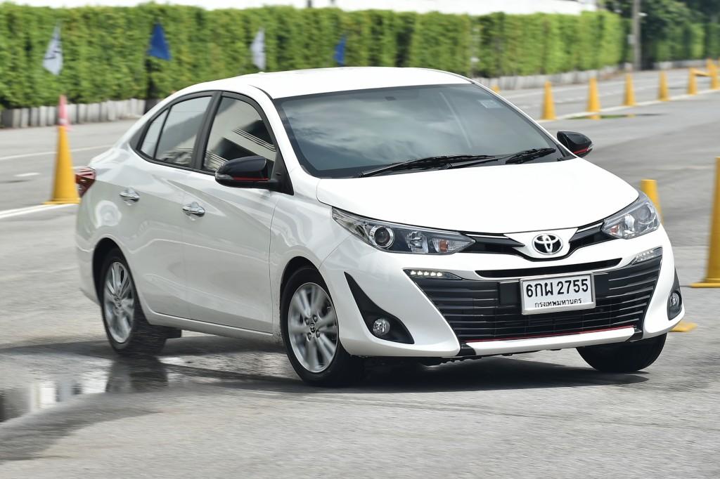 ทดลองขับ ค้นความลับของ Toyota Yaris Ativ !