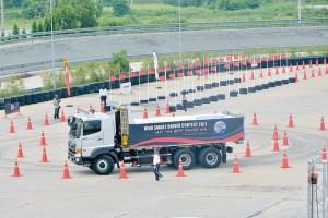 ฮีโน เฟ้นหาสุดยอดนักขับ จัดแข่งขัน HINO SMART DRIVER CONTEST 2017