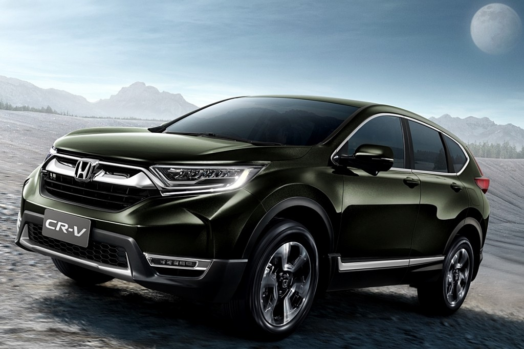 All-new-Honda-CR-V-with-Background-3