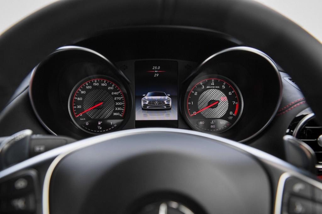 Mercedes-AMG GT C_Interior (13)