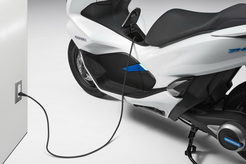 PCX Electric - 5