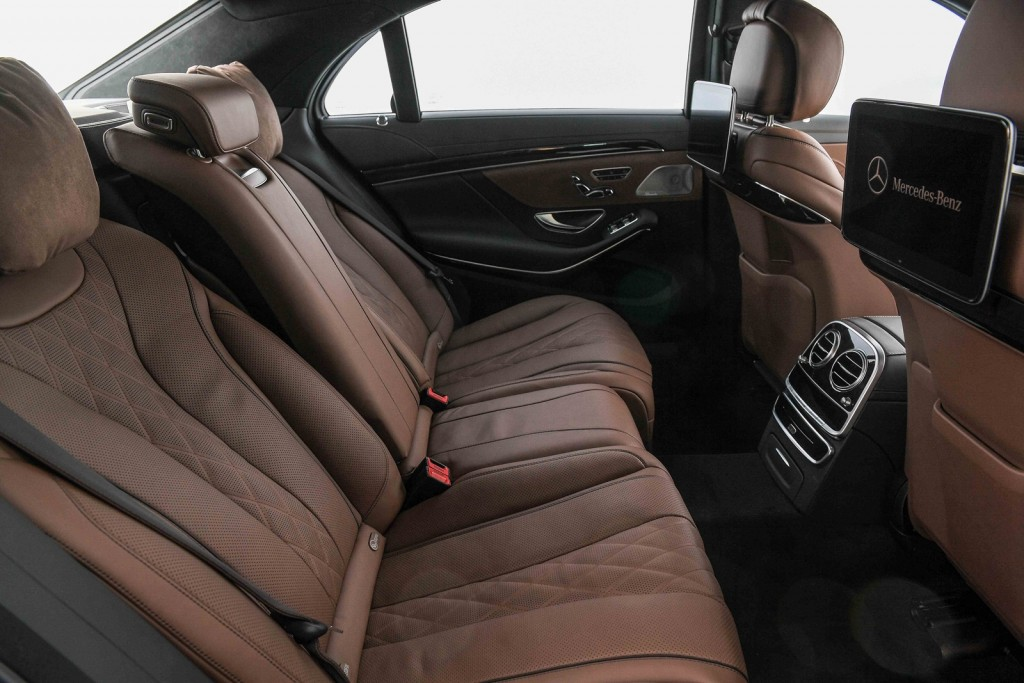 The S 350 d Premium_Interior (2)