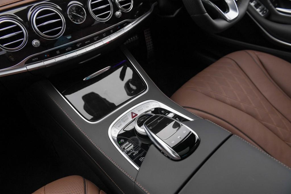 The S 350 d Premium_Interior (7)