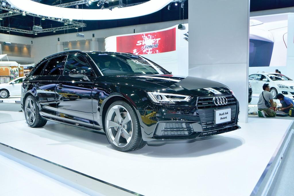 12 Audi A4 Avant copy