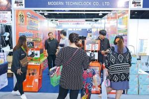 บริษัท โมเดอร์นเทคนิคล็อคจำกัด โชว์ระบบกันขโมยรถยนต์ ในงาน MOTOR EXPO 2017