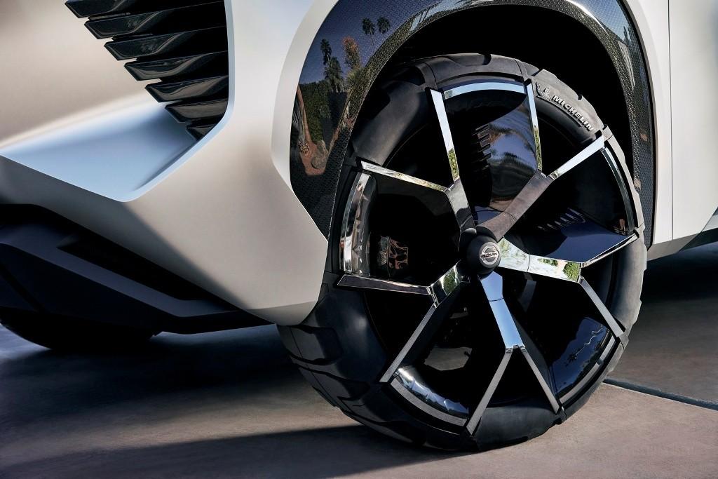 Nissan Xmotion Concept_05