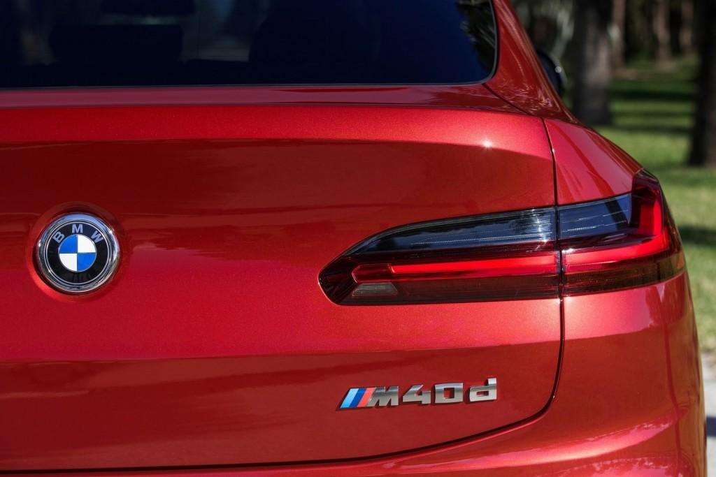 BMW-X4_M40d-2019-1600-2e