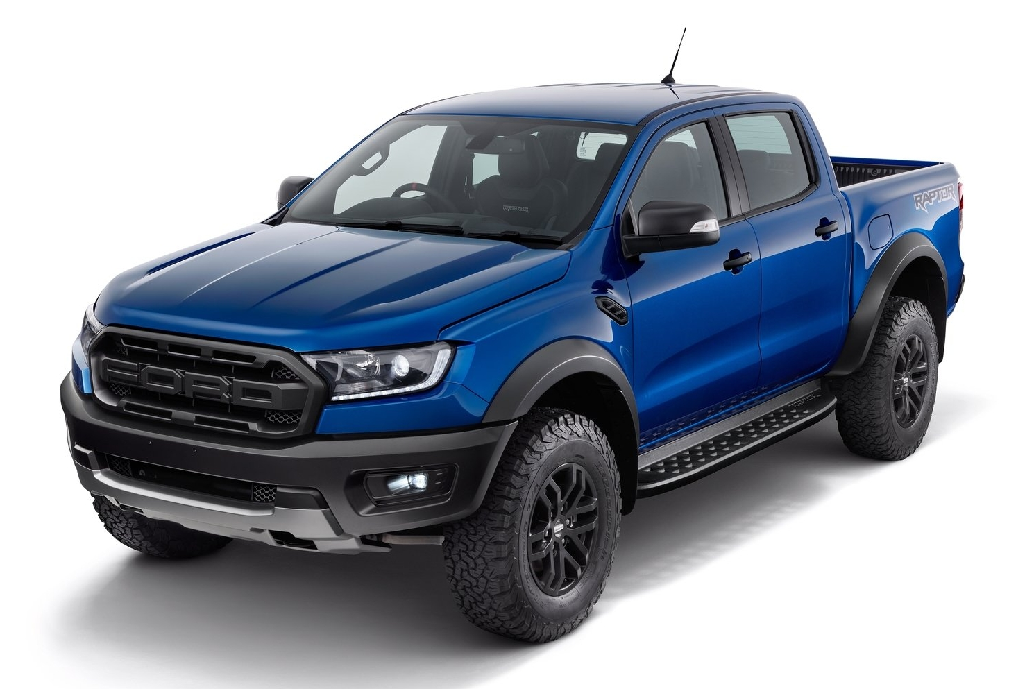 2019 Ranger Raptor >> แรงฝุ่นตลบ ! กับเหล่ากระบะพันธุ์โหด Ford Ranger Raptor / Chevrolet Colorado ZR2 / Toyota Tacoma ...