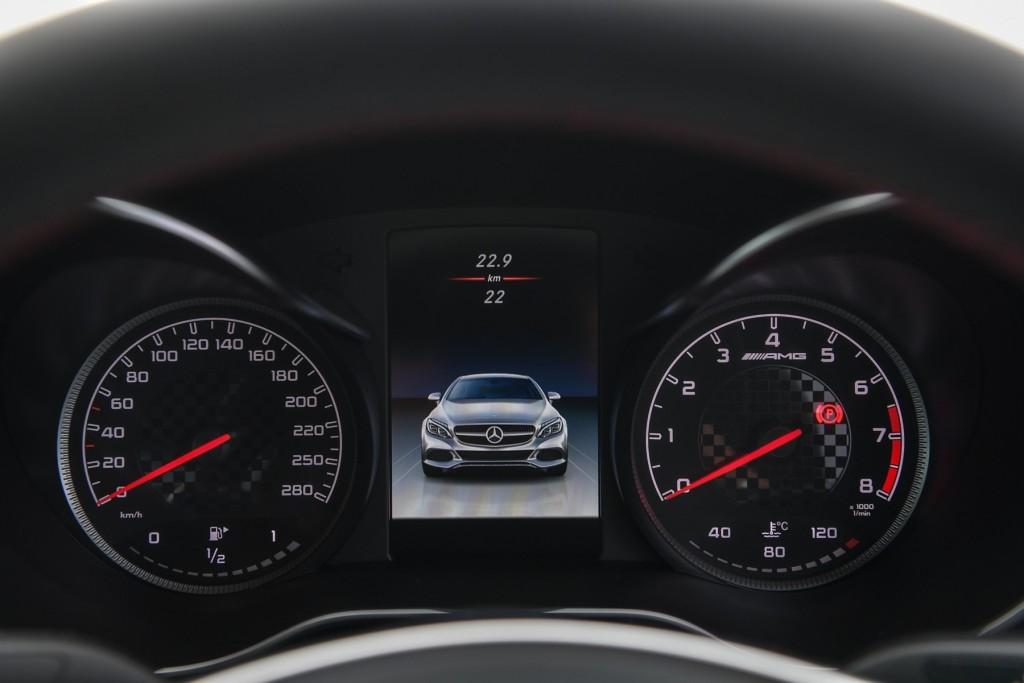 MBTh_Mercedes-AMG C 43_Interior (12)