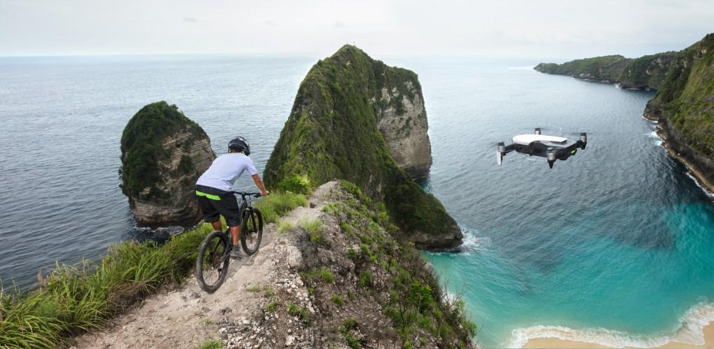 Mavic Air_mountainbiking