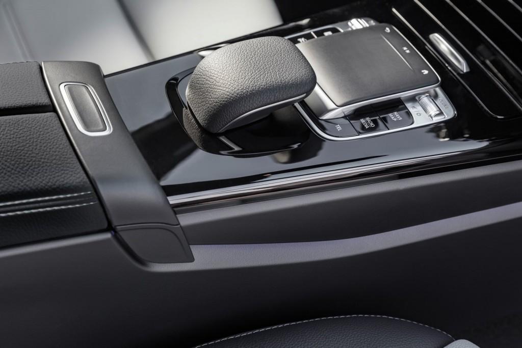 Mercedes-Benz-A-Class-2019-1600-43