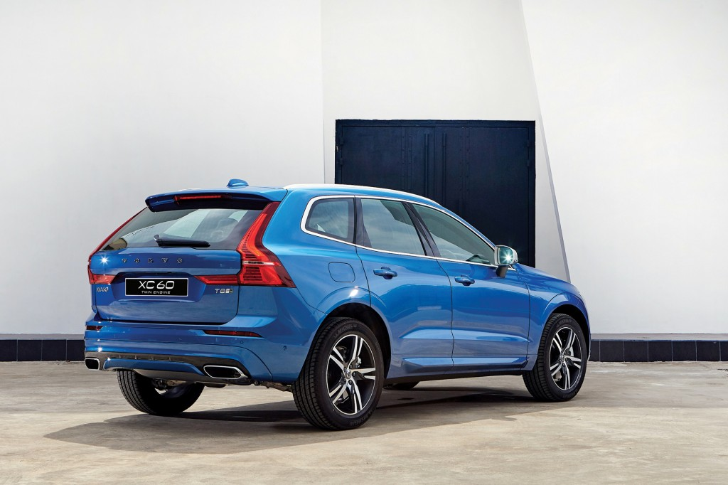 New XC60 T8 AWD_006_RE copy