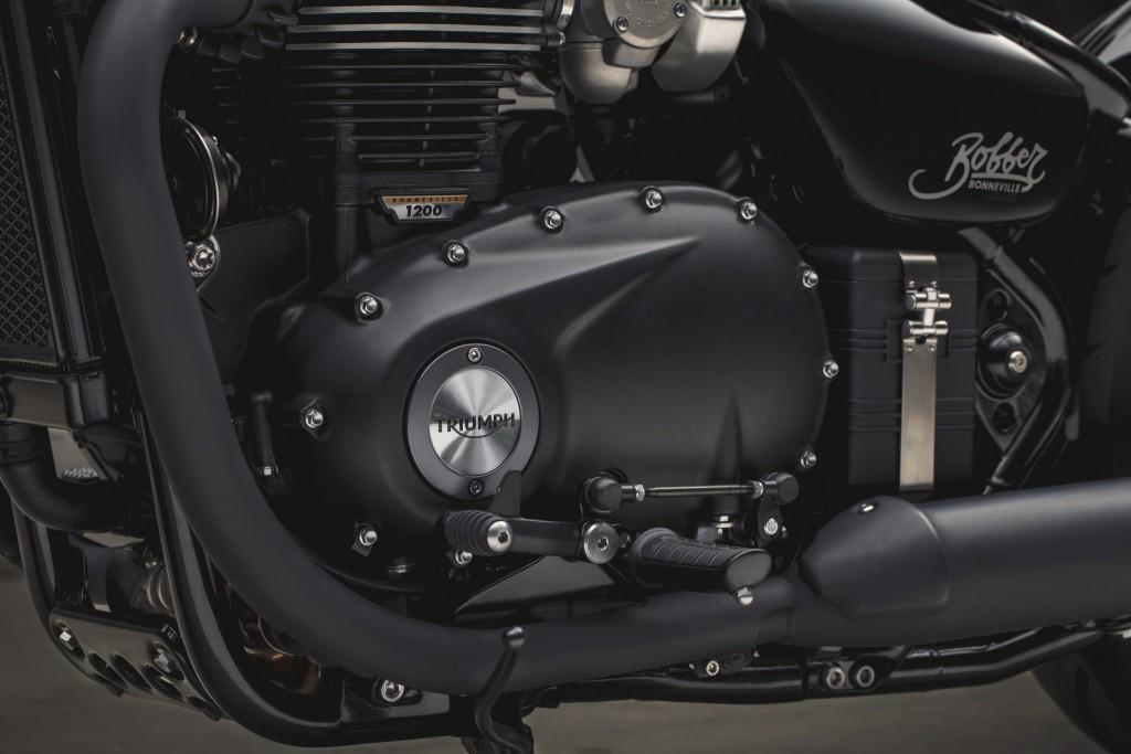 Pic_Triumph Bobber Black_4