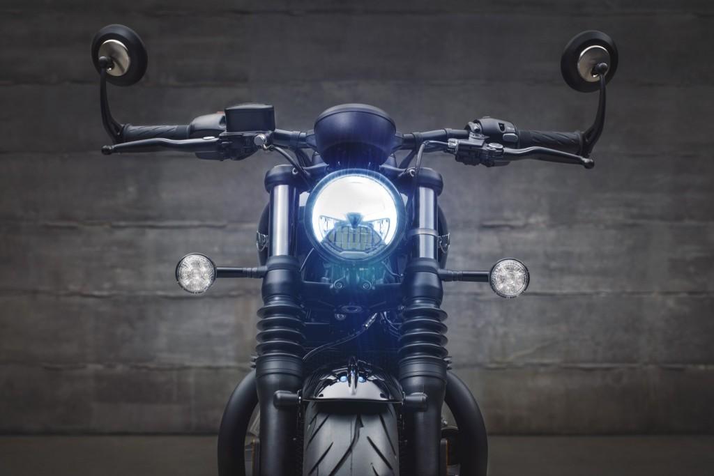 Pic_Triumph Bobber Black_6