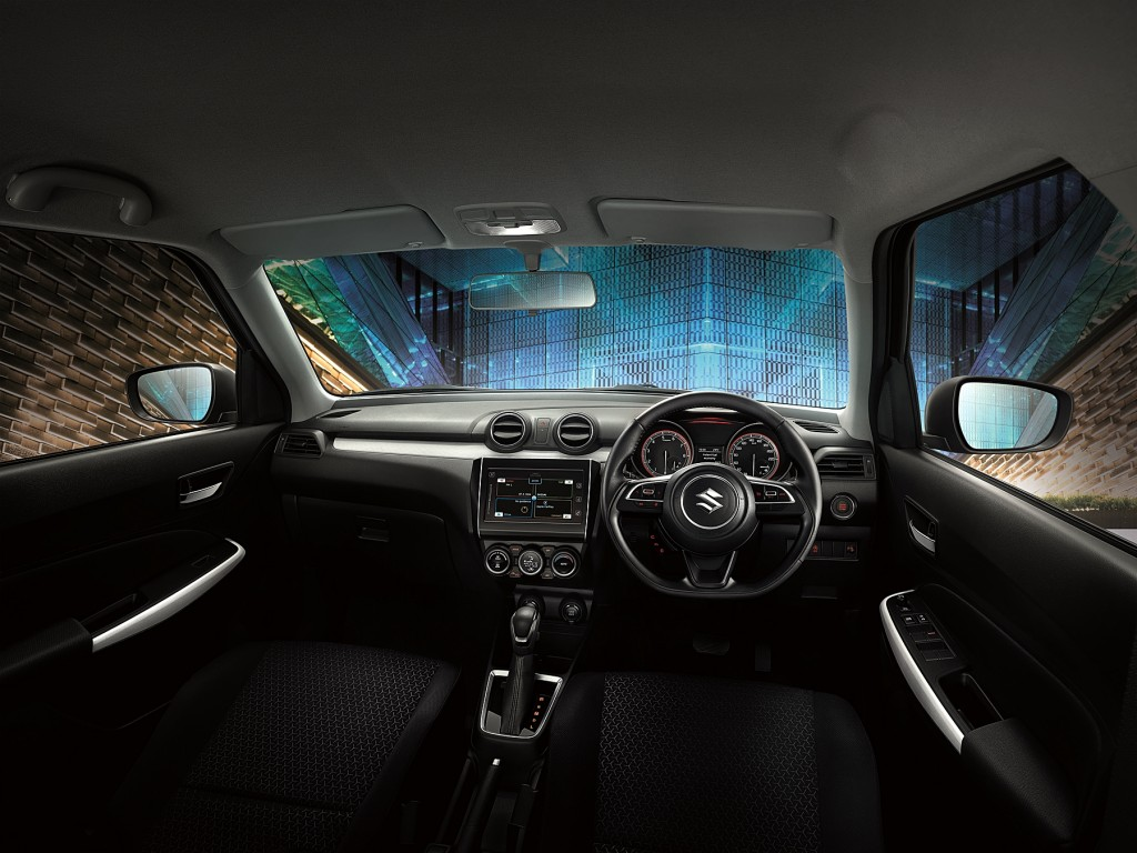 SWIFT_Interior01