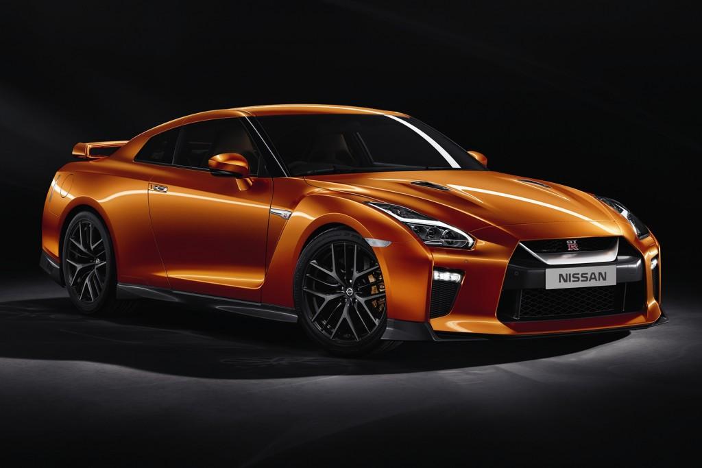2018 GT-R Premium Edition_02