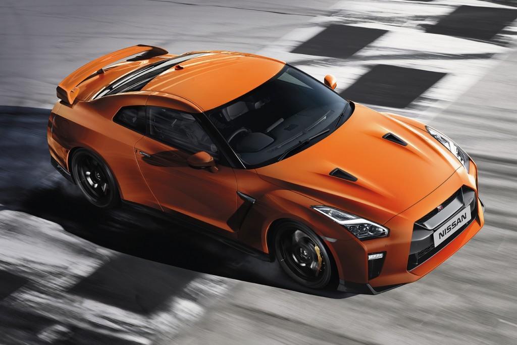 """เมื่อ """"กอดซิลลา"""" บุกเมืองไทย !! Nissan GT-R พละกำลัง 555 แรงม้า สมรรถนะสุดดุดัน ราคา 13,500,000 บาท"""