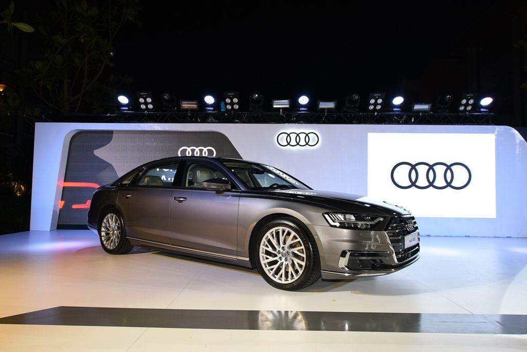 Audi 13 เปิดตัว A8 L