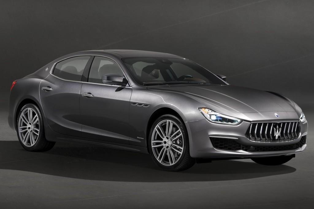 Maserati-Ghibli_GranLusso-2018-1600-01