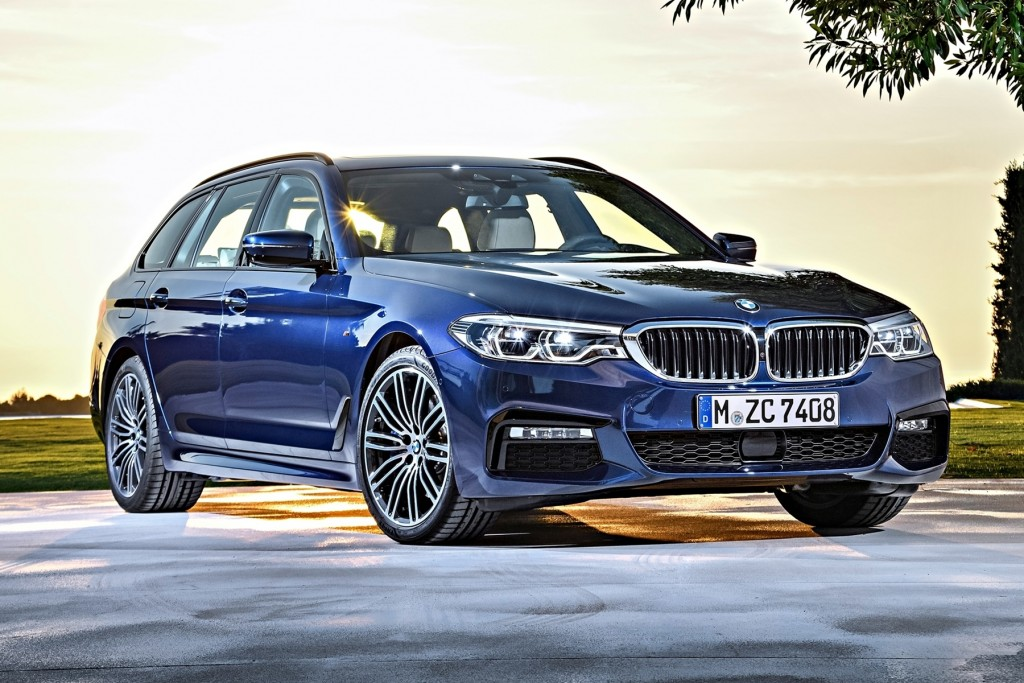 The new BMW 530i Touring M Sport (1)