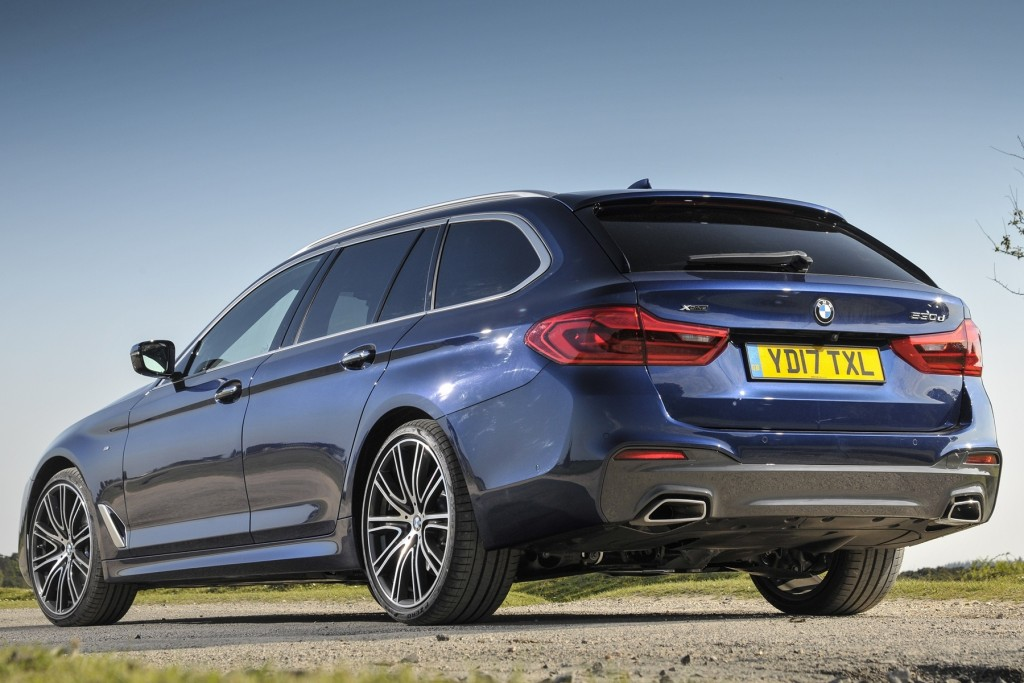 The new BMW 530i Touring M Sport (7)