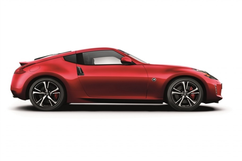 Nissan จะใช้เครื่องยนต์แบบ วี 6 สูบ จาก Infiniti