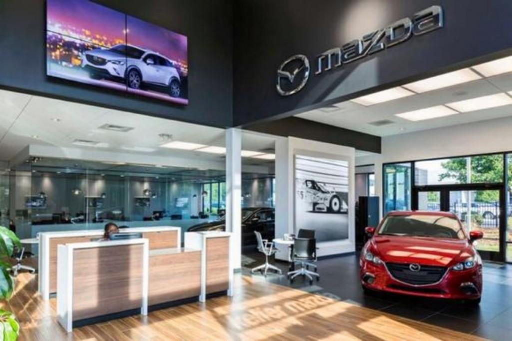 ตลาดสหรัฐอเมริกากดดัน Mazda
