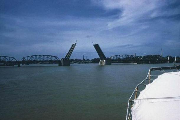 สะพานกรุงเทพเปิด-ปิดได้ ปี 2503