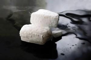 น้ำแข็งแห้ง ไม่ใช่สารพิษ แต่ใช้ผิดอาจถึงตาย