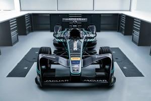เจาะลึก แจกวาร์ ไอ-เพศ รถยนต์ระบบไฟฟ้าเต็มรูปแบบคันแรกของ แจกวาร์ ที่จะเป็นคู่ปรับของ เทสลา