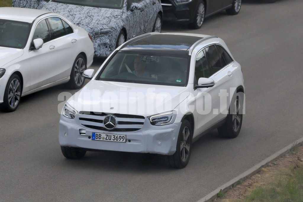 Mercedes GLC P 2