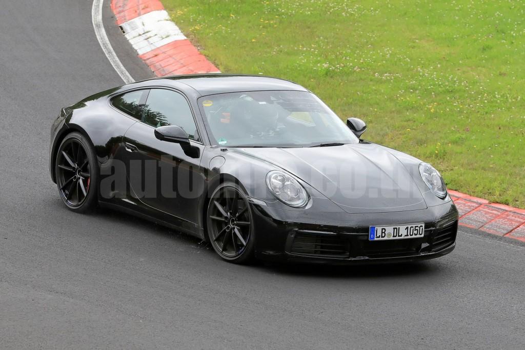 R Porsche 911 003