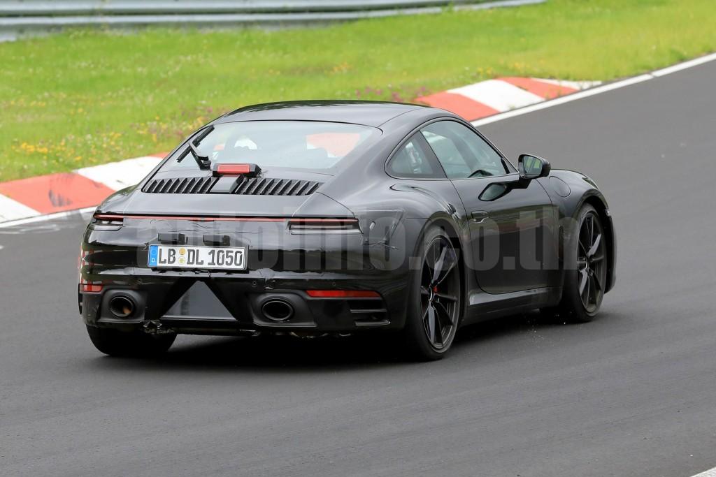 R Porsche 911 008