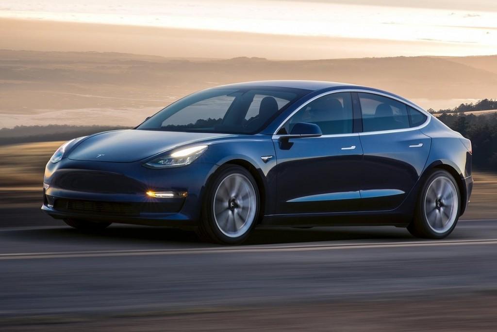 Tesla-Model_3-2018-1600-03