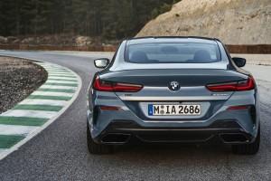 BMW 8 Series Coupe สปอร์ทตัวธง กับบทบาทสำคัญทั้งในตลาดรถ และสนามแข่ง !!