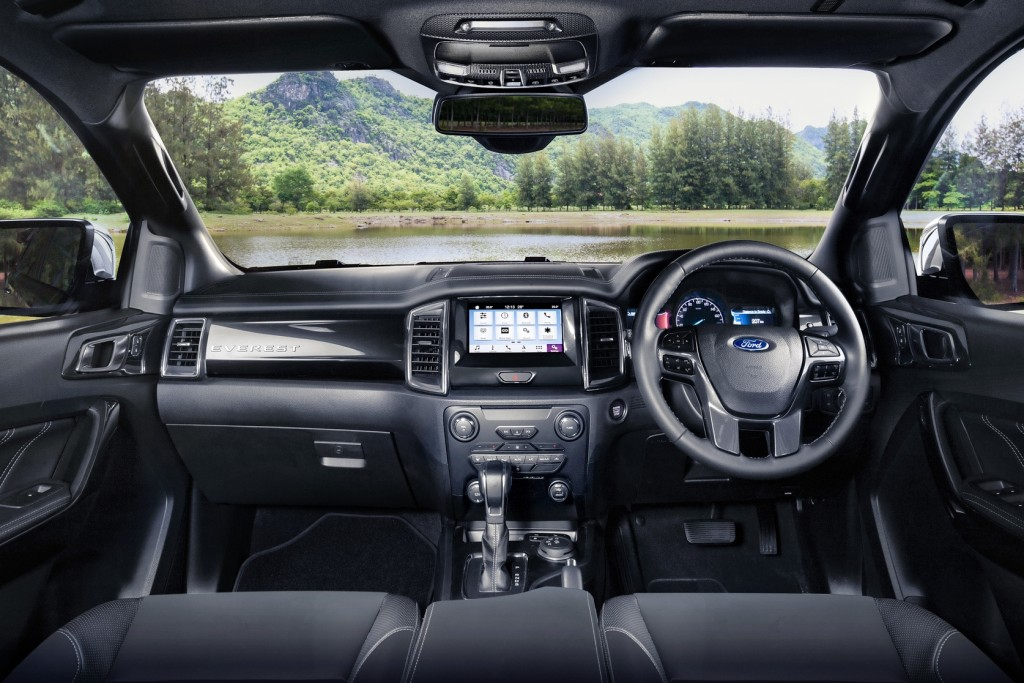 2018 Ford Everest (0111)