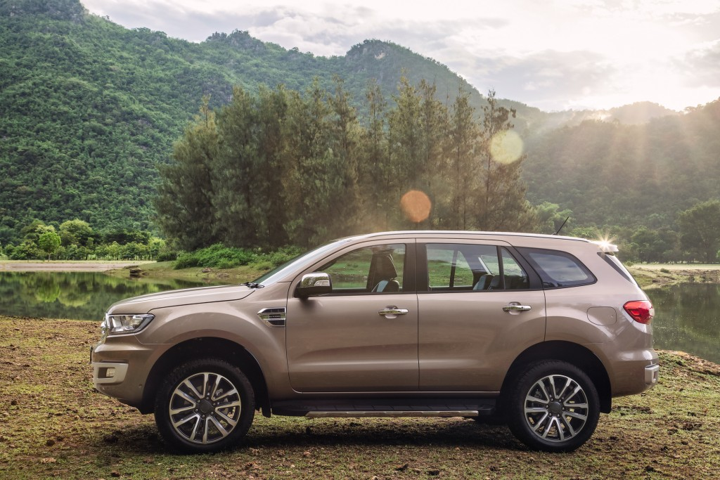 2018 Ford Everest (03)