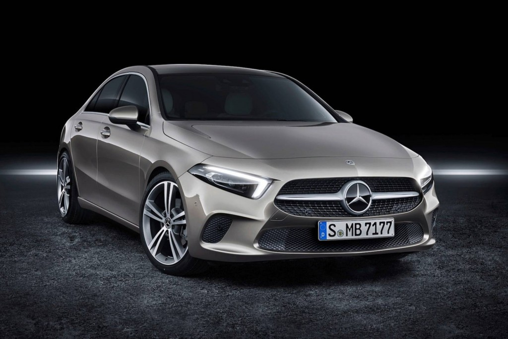2019-mercedes-benz-a-class-sedan (1)