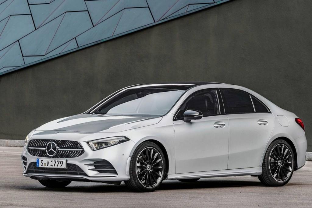 2019-mercedes-benz-a-class-sedan (17)