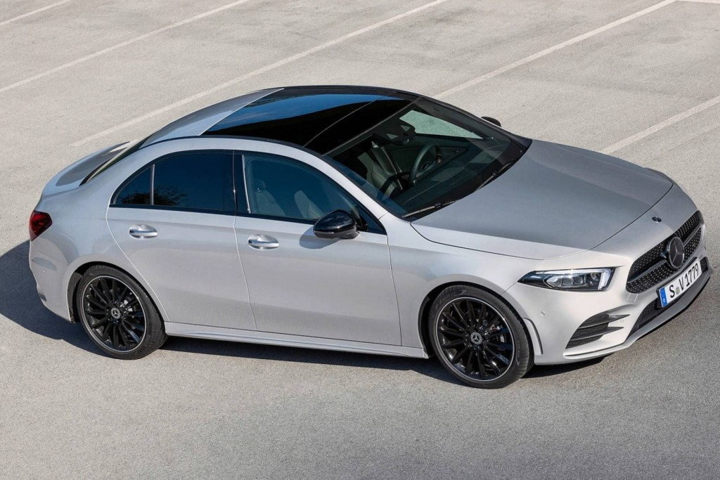 2019-mercedes-benz-a-class-sedan (19)