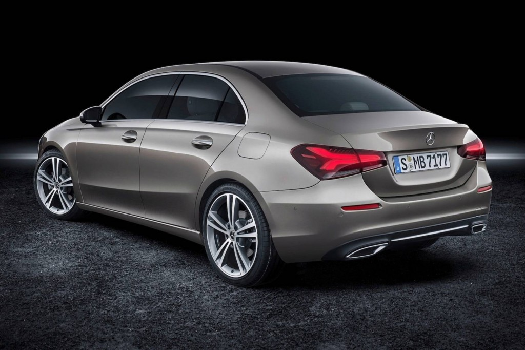 2019-mercedes-benz-a-class-sedan (5)