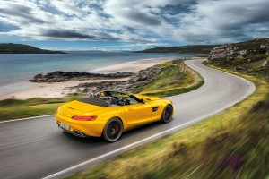 MERCEDES-AMG GT S ROADSTER ทางเลือกใหม่ของรถสปอร์ทเปิดประทุนติดตราดาว
