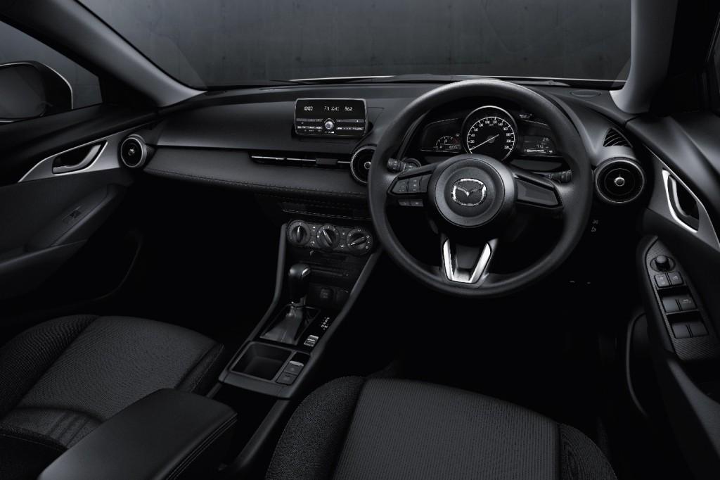 Mazda CX-3 2.0 E_Interior
