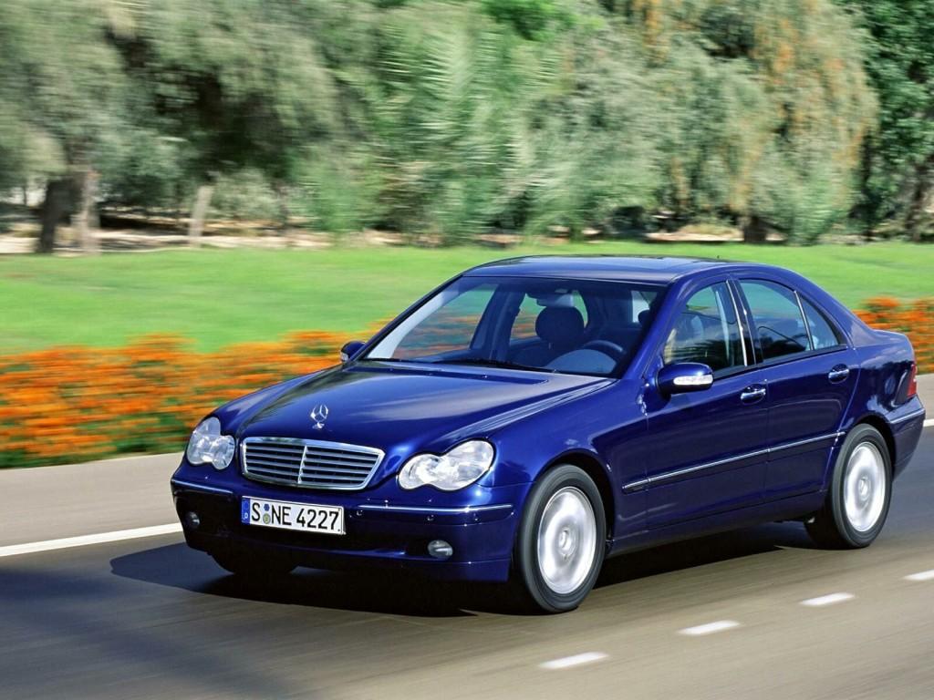 Mercedes_Benz-C_Class_W203_mp35_pic_10965