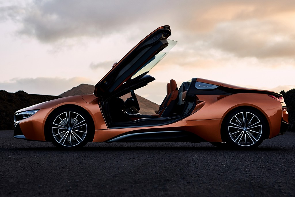 The new BMW i8 Roadster (6)
