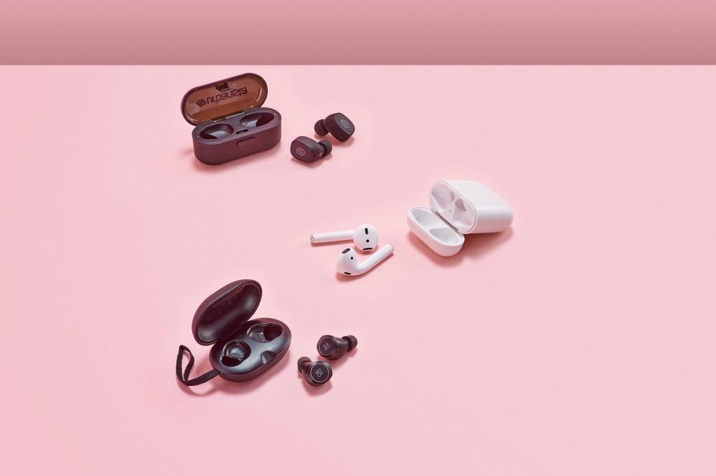 Tokyo Urbanista, Apple EarPods, B&O E8, wireless earphones