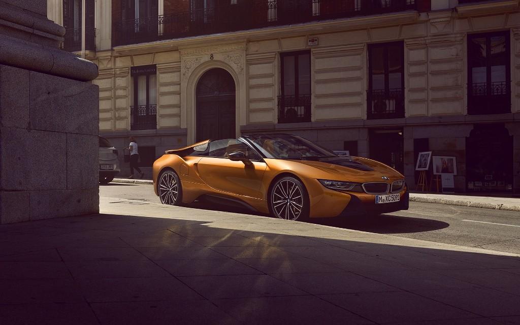 มิลเลนเนียม ออโต้ ฯ โชว์วิสัยทัศน์และพลังขับเคลื่อนแห่งอนาคต กับ'The First-Ever BMW i8 Roadster' และยนตรกรรมสายพันธุ์ M หลายรุ่น ในงาน PUSH THE LIMITS TO THE MOON