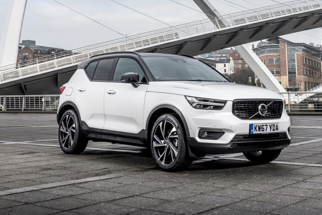Volvo-XC40_UK-Version-2018-1600-04